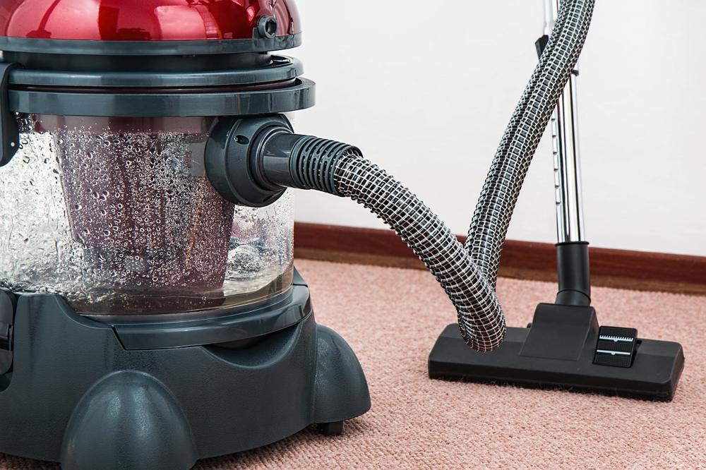 ordine e pulizia della casa con la domotica